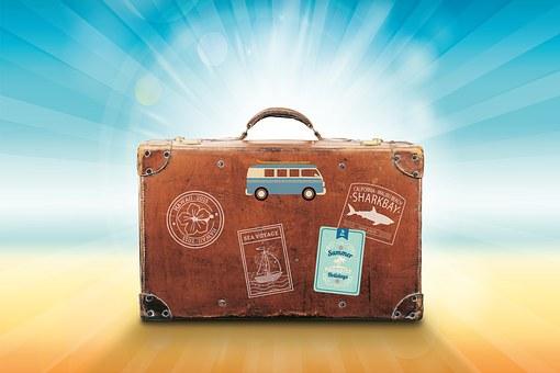 luggage-1149289__340.jpg