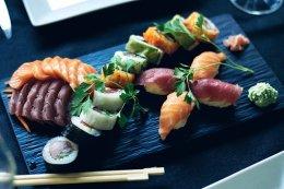 sushi-2455981__340