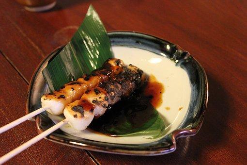 mitarashi-dumpling-1625469__340