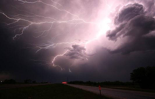 lightning-1056419__340